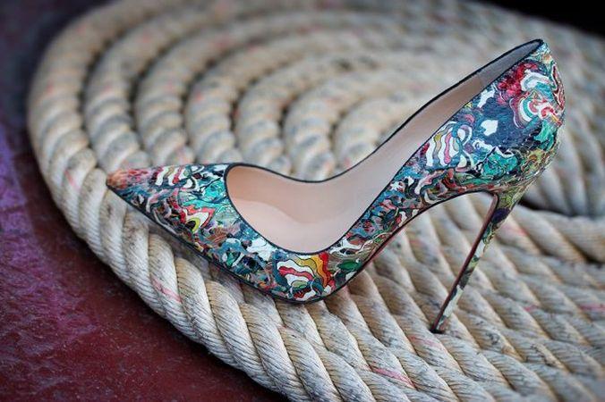 Pantofii Louboutin sau cum sa calci in picioare adevarate capodopere