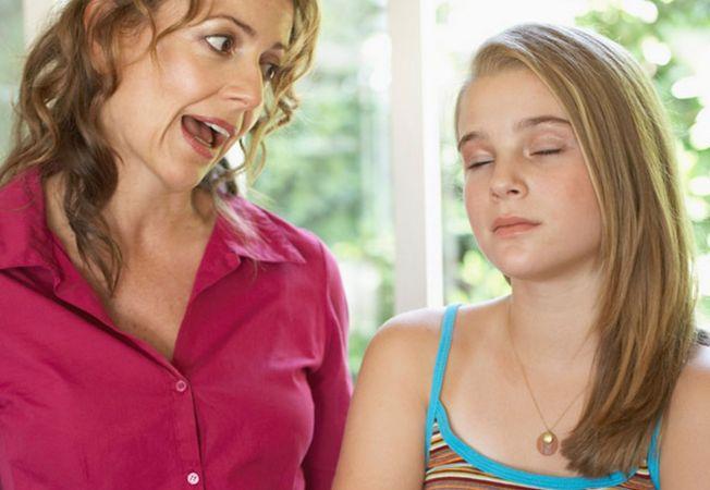 6 faze prin care trec adolescentele si cum sa le depasesti cu brio!