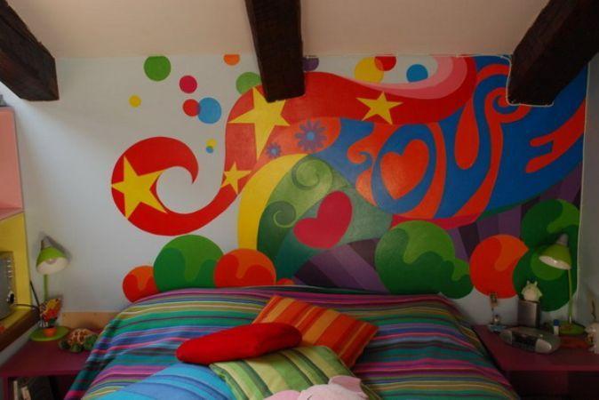 Graffiti pe peretii din living sau din dormitor? De ce nu!