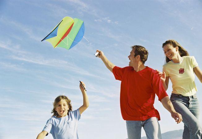 4 crafturi pe care sa le faci cu copilul in vacanta de vara