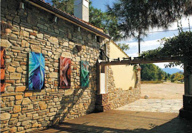 Advertorial: Cum sa iti amenajezi cu stil exteriorul casei si gradina