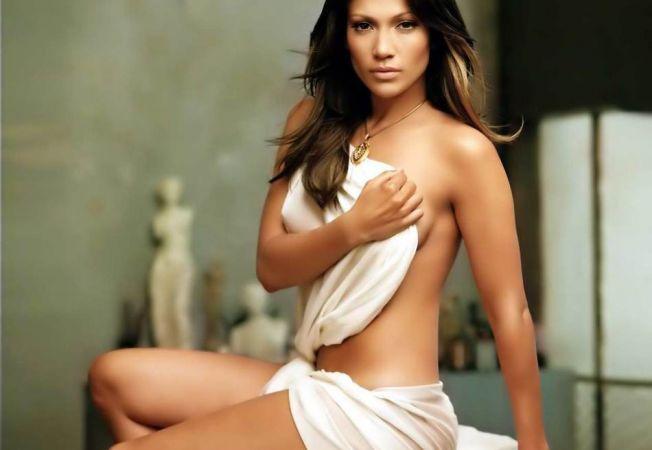 Secrete de vedete - Fii sexy precum Jennifer Lopez! Invata trucurile ei de frumusete