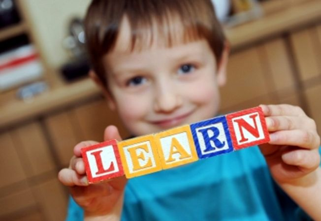 5 metode istete pentru a dezvolta vocabularul si limbajul copilului