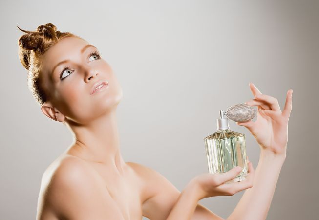 Ce faci ca parfumul sa reziste intreaga zi