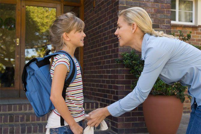Primul data la scoala: De ce lucruri are cu adevarat nevoie copilul in prima zi?