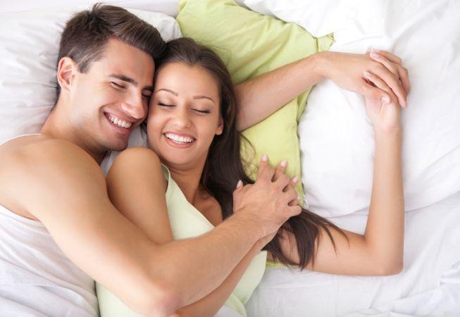 4 motive ca sa faci sex cu sotul tau in fiecare noapte