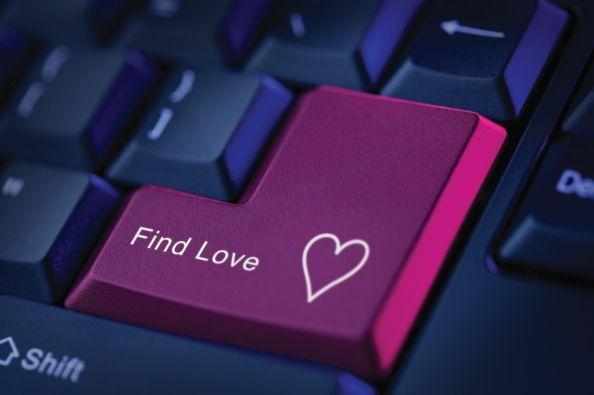 ne oprim la primele site-uri de prietenii si matrimoniale din Romania ...
