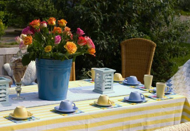 5 decoratiuni ieftine pentru gradina si terasa