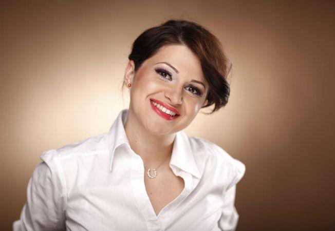 Expertul Acasa.ro, Andreea Mihalcea