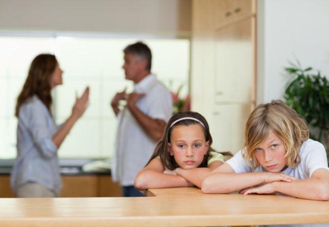 De ce este mai bine sa divortezi si sa nu te sacrifici pentru copii