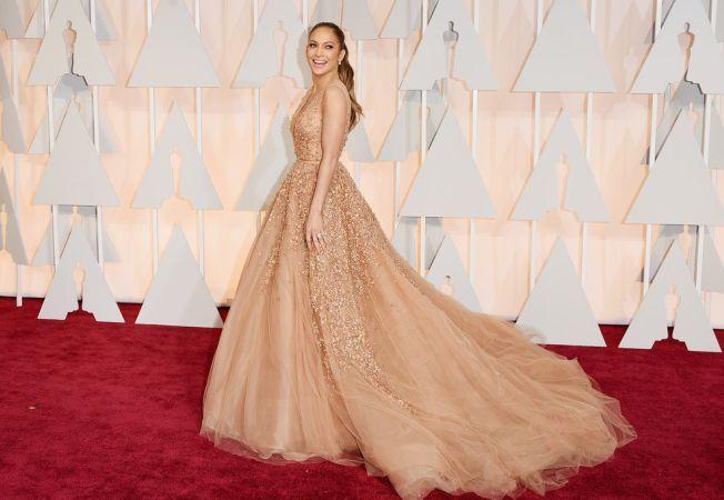 Oscar 2015. Rochii super sexy pe covorul rosu