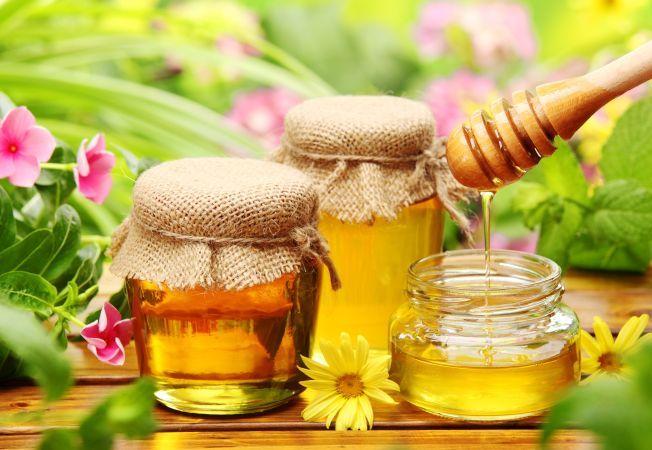 Mierea, balsam minune pentru piele, par si unghii