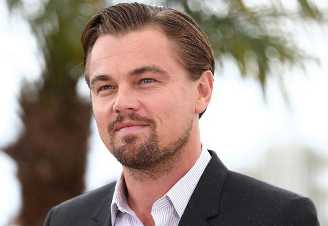 Leonardo DiCaprio isi inchiriaza resedinta din Palm Springs pentru 4500 de dolari pe noapte. Vezi cu