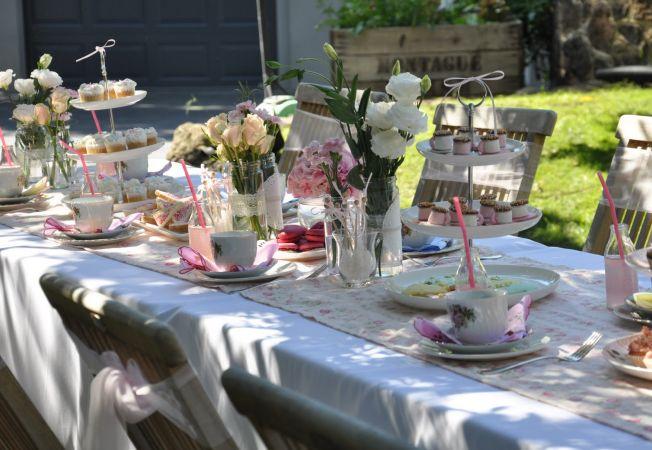 Decoruri pentru o petrecere de gradina in stil victorian