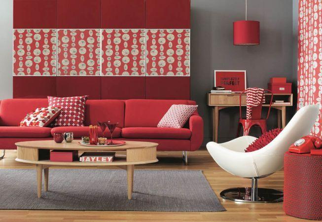 Integreaza rosul in decorul casei