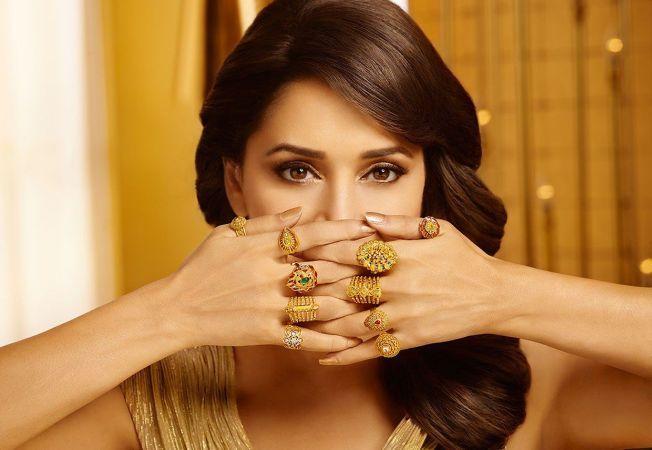 6 secrete ale celor care poarta cu stil bijuteriile din aur