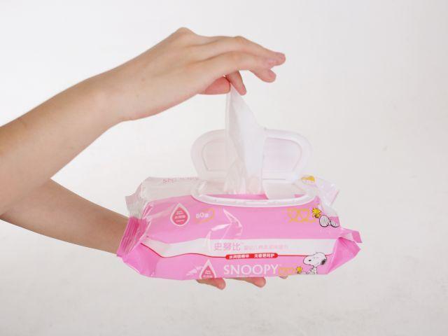 Atentie mare! Servetelele umede pentru bebelusi sunt cancerigene