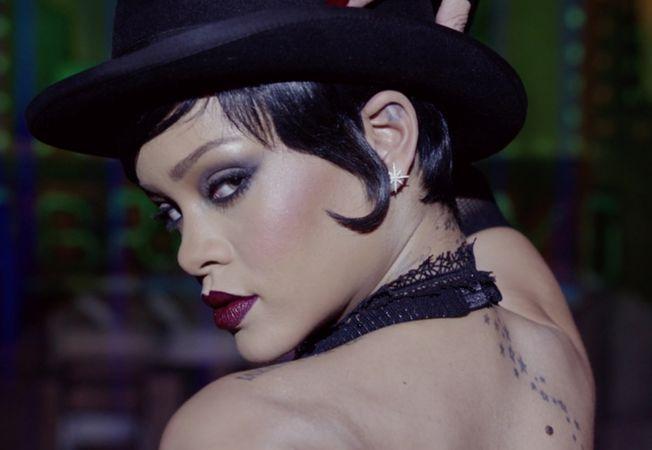 Rihanna Hepta
