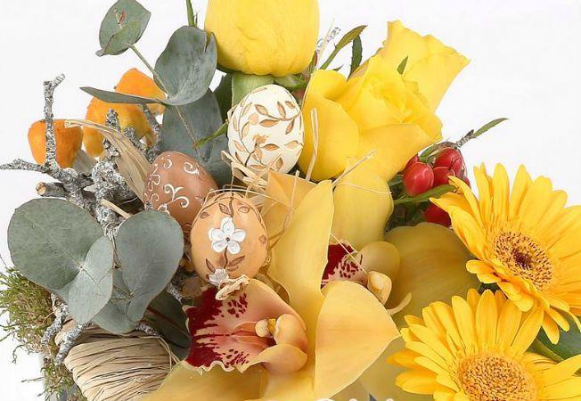 buchet flori paste