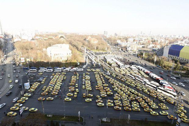 Protest Taximetristi: Traficul Paralizat In Zona Piata Victoriei! Taximetristii