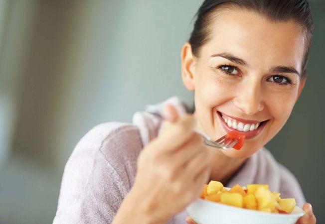 Dieta anti-imbatranire. Ramai mereu tanara si frumoasa