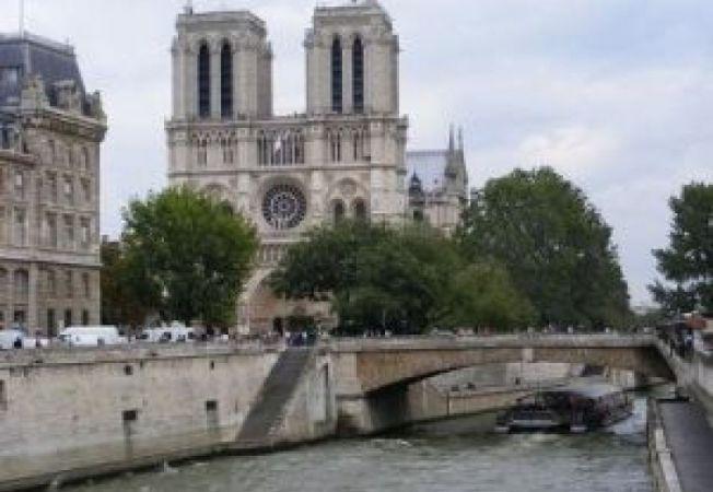 505853 0811 Paris