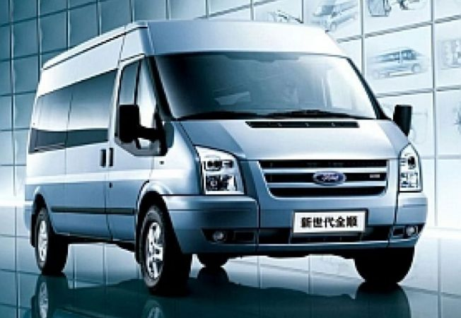 Ford-Transit-Toyota