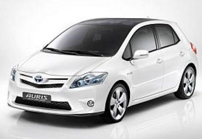 Toyota-Auris-concept-hibrid