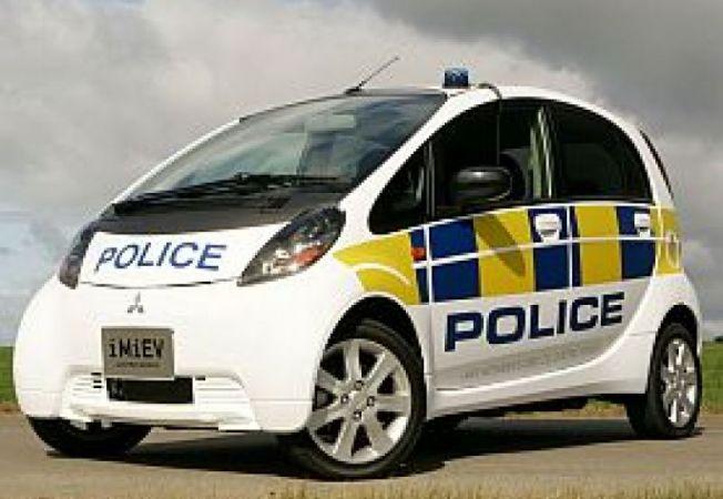 Mitsubishi-i-MiEV-police