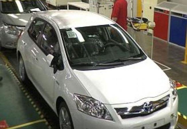 Toyota-Auris-Hybrid