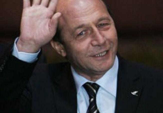 498960 0811 Basescu 2