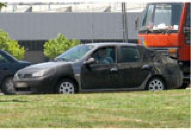 Dacia Sandero sedan