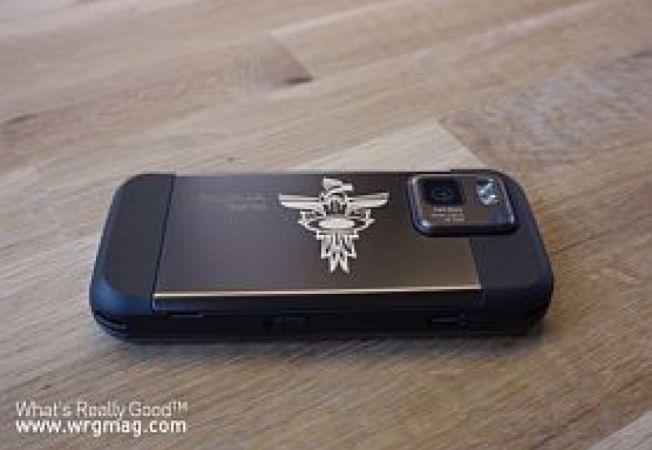Nokia-N97-mini-Oakley