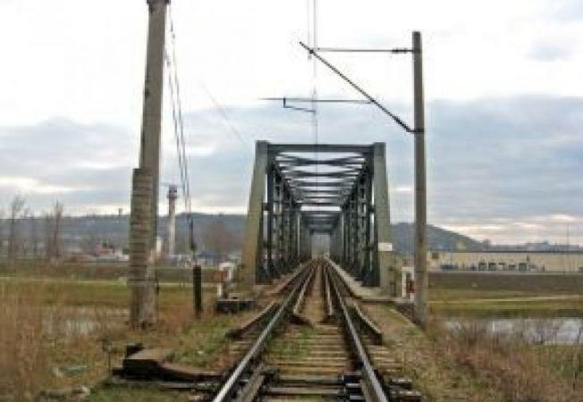 641235 0901 linie feroviara
