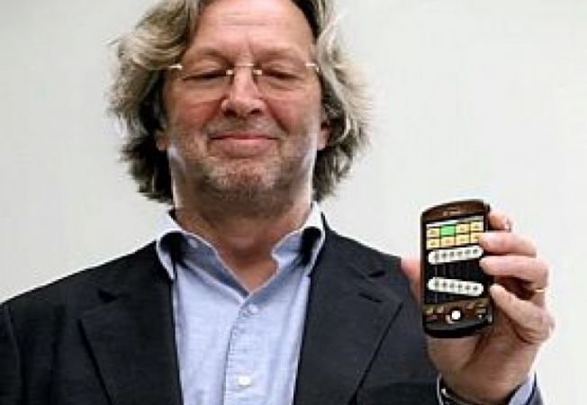 T-Mobile-myTouch-3G-Fender-Edition-Eric-Clapton2