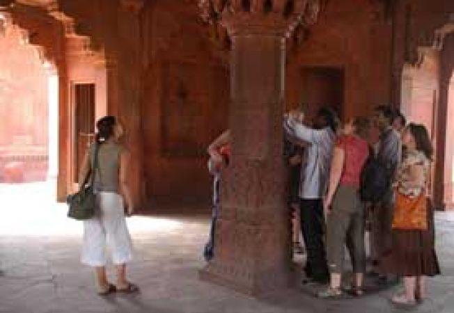 Agra, grup de turisti