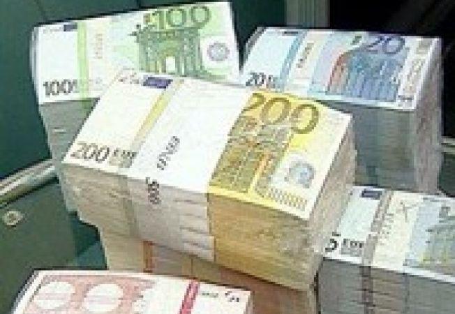 439649 0810 euromoney