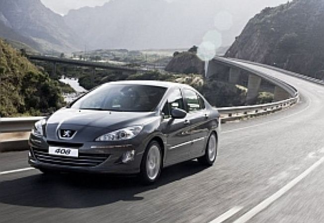 Peugeot-408-China