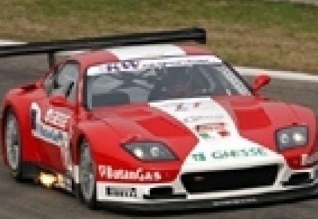 masina FIA GT