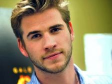 "Liam Hemsworth s-a accidentat in timpul filmarilor pentru ""The Hunger Games"""