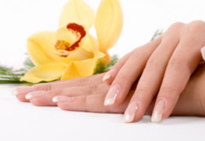 Intarirea unghiilor cu lamaie