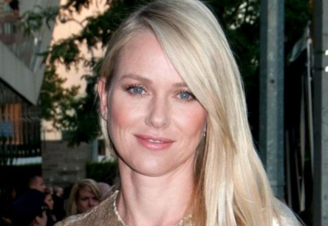 "Naomi Watts va fi Printesa Diana in ""Caught in Flight"""