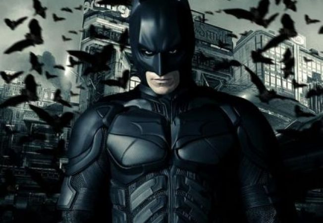 """The Dark Knight Raises""- trailer nou"