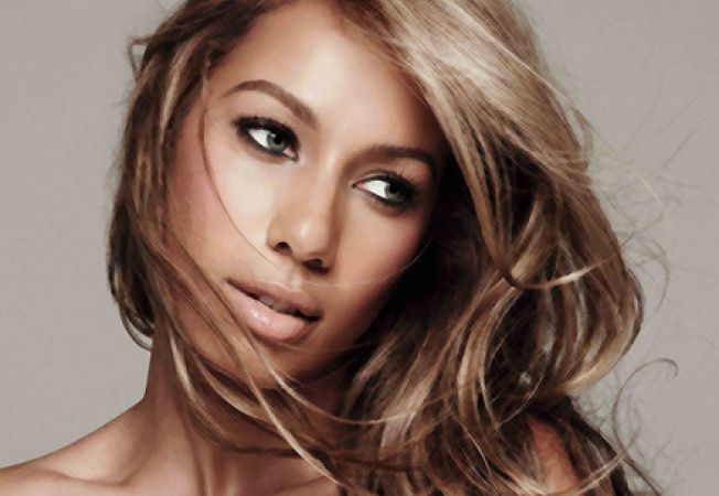 "Asculta ""Trouble"", noul single Leona Lewis"