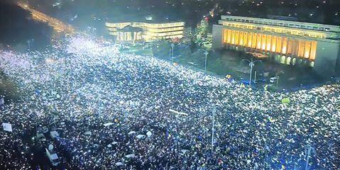 Imagini pentru PROTESTE ROMANIA
