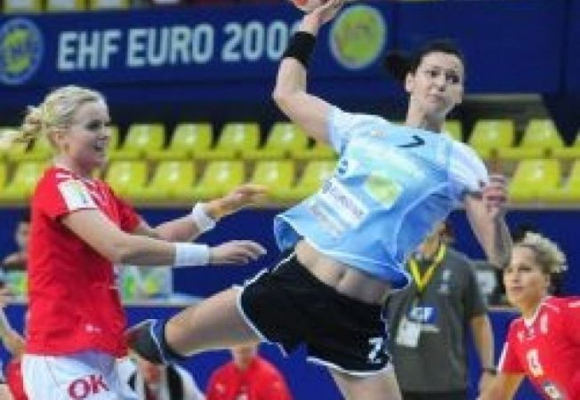 527764 0812 handbal romania vs danemarca