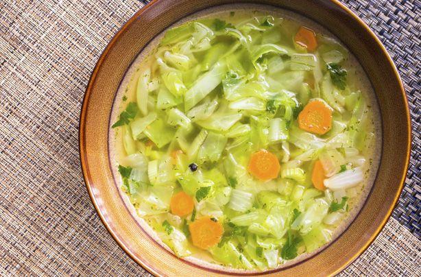 Slăbeşti peste 20 kg urmând dieta cu supe şi ciorbe